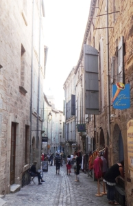 échoppes haut rue de la Foire