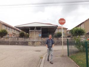 derrière école