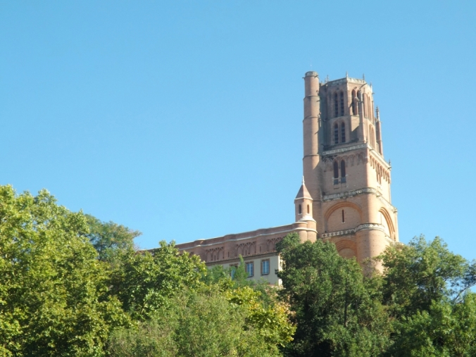 cathédrale depuis gabarre