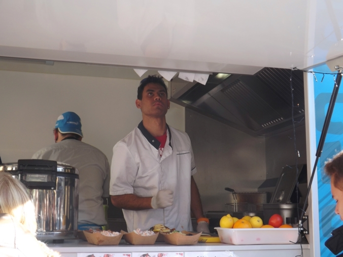 les cuisiniers de chef teheuira
