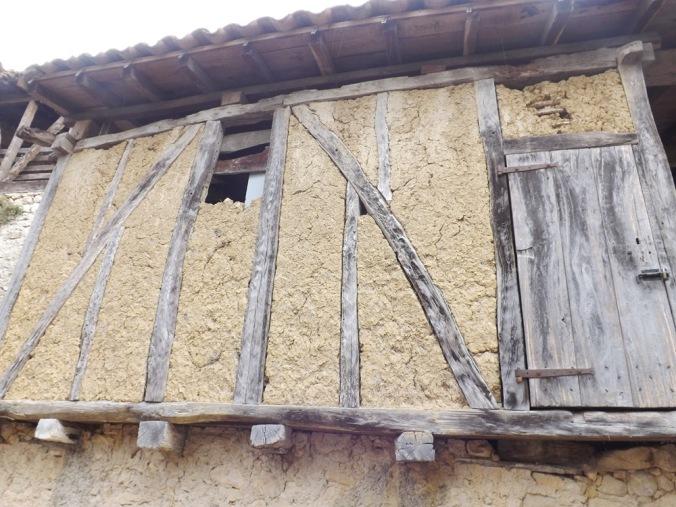 maison en torchis porte de la caussade
