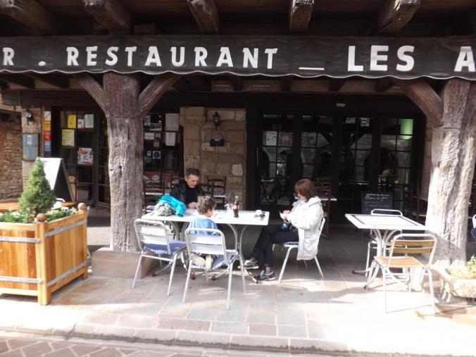 en terrasse à Castelnau de Montmiral