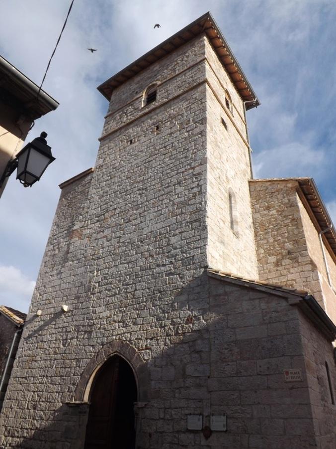 façade de l'église notre-dame de l'Assomption à Castelnau de montmiral