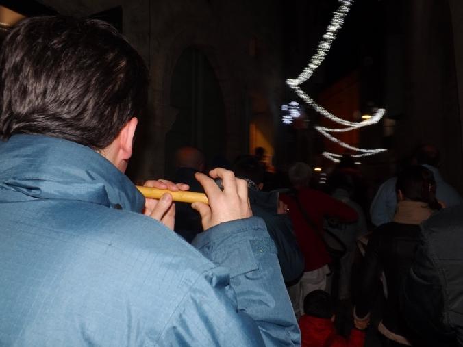 joueur de fifre a la suite du poulain nadal pezenas