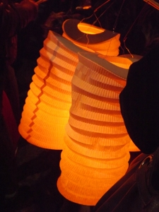 lampions pour la procession aux flambeaux lors de la pegoulade decembre 2015 pezenas