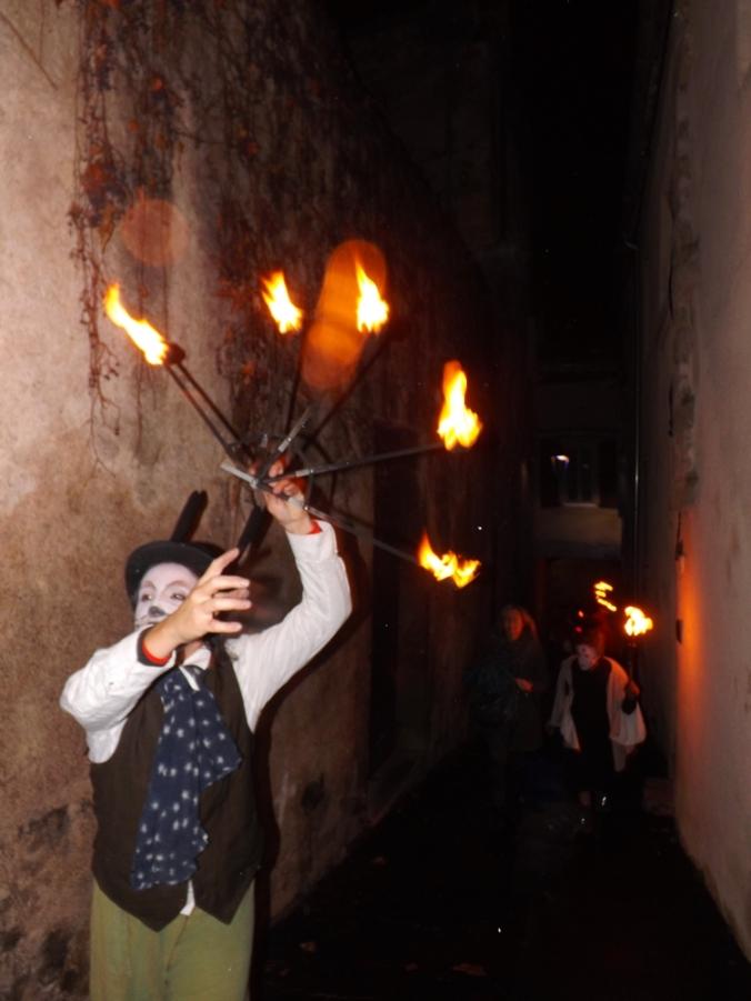 lapin noir et flambeaux nadal pezenas 2015