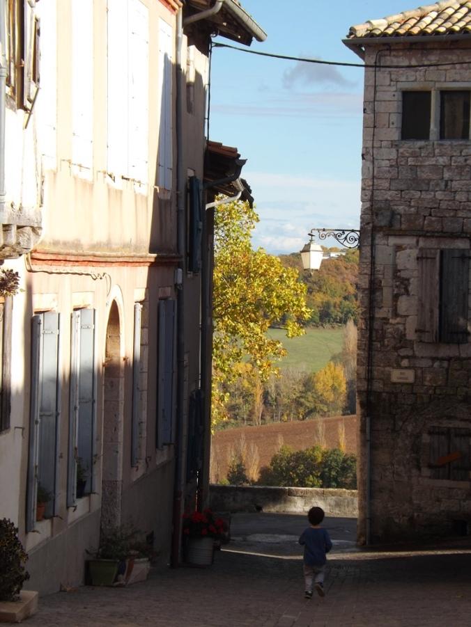 matthieu entre 2 maisons