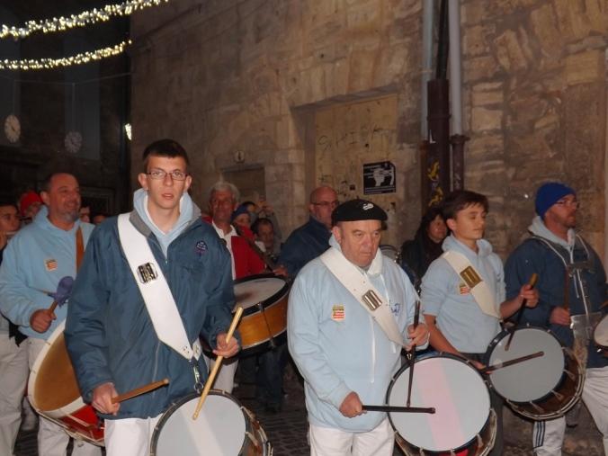 musiciens accompagnant le Poulain de Pezenas pour Nadal 2015