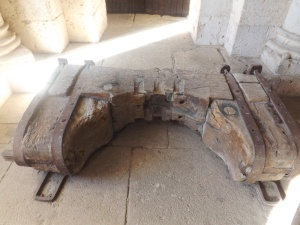 soutien de cloche salle st michel abbaye moissac
