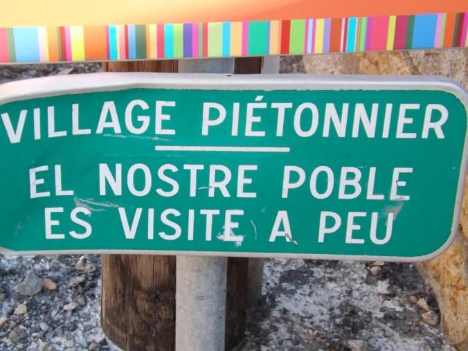 panneau village piétonnier Eus