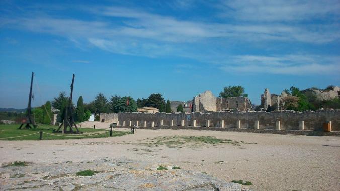 place d'armes aux baux de provence
