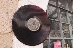 dique vinyl villeneuvette
