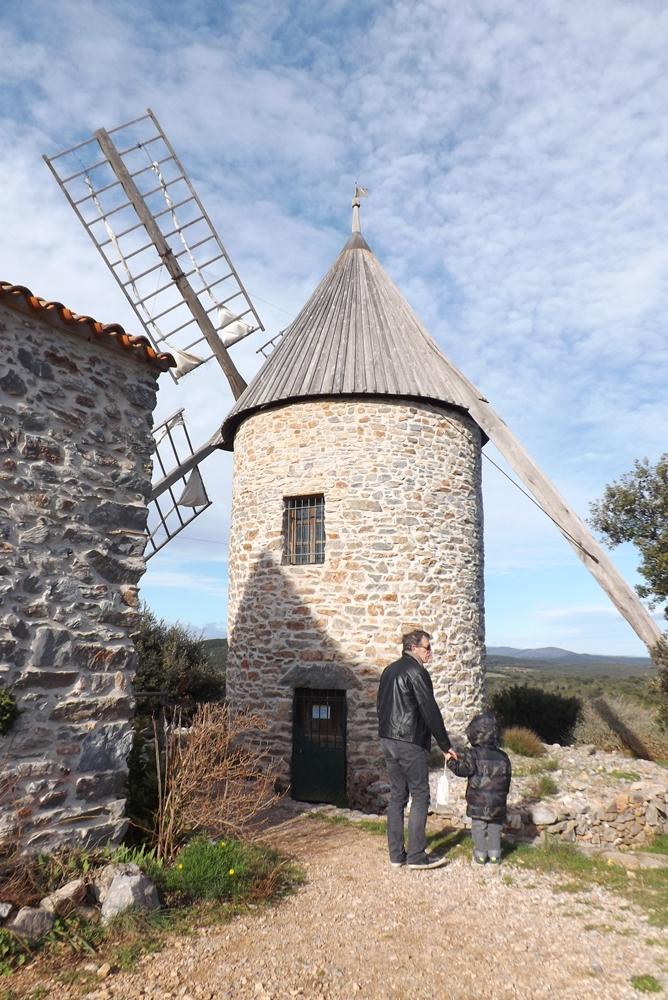 fred et matthieu devant le moulin de faugères