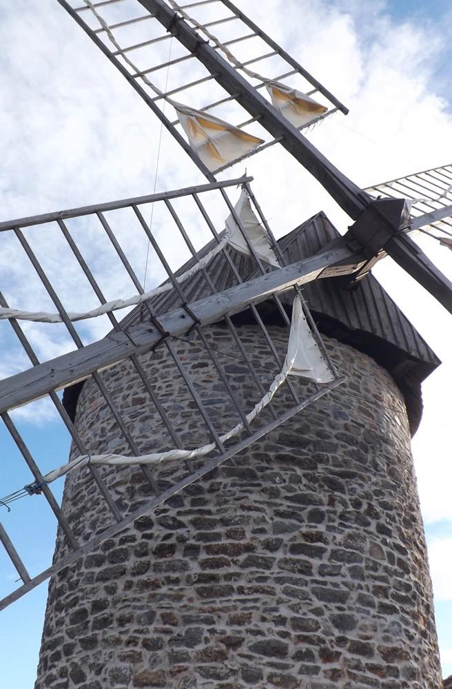 les ailes du moulin tour nord faugeres