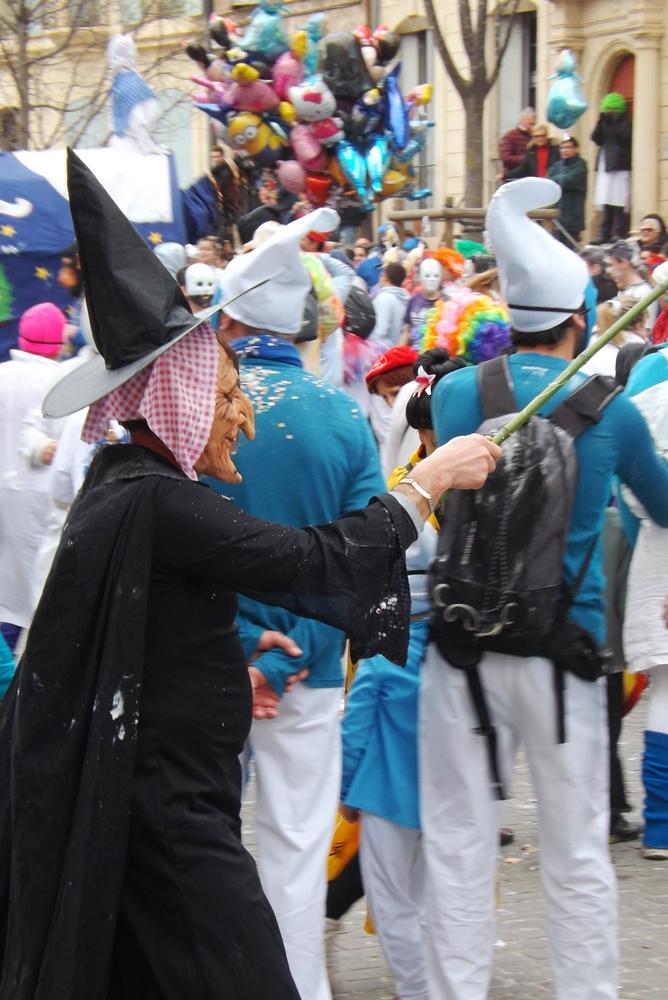 sorciere deguisement carnaval Pezenas 2016