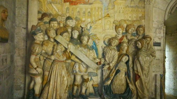 chemin de croix sculpture palais des papes avignon