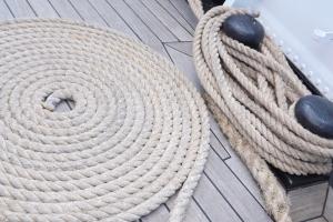 cordes lovees sur le santa maria manuela