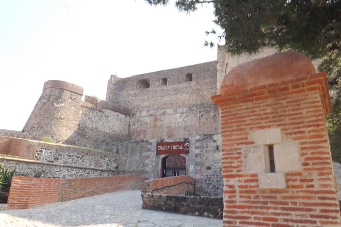 entree du chateau royal de collioure