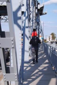 fred et matthieu sur le pont mobile