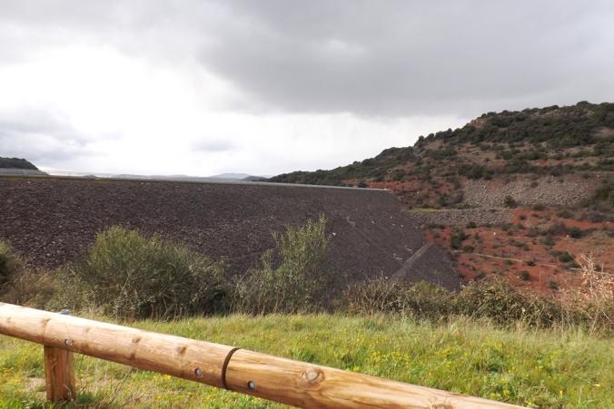 le barrage du Salagou vue depuis l'avers