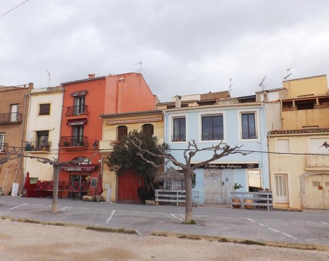 maisons et commerces a Bouzigues Etang de Thau