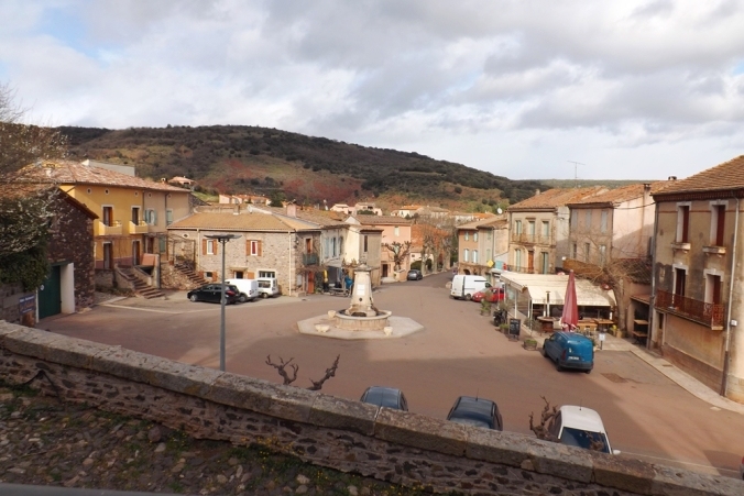 place du village d'octon