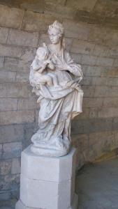 statue chapelle st benezet pont d'avignon