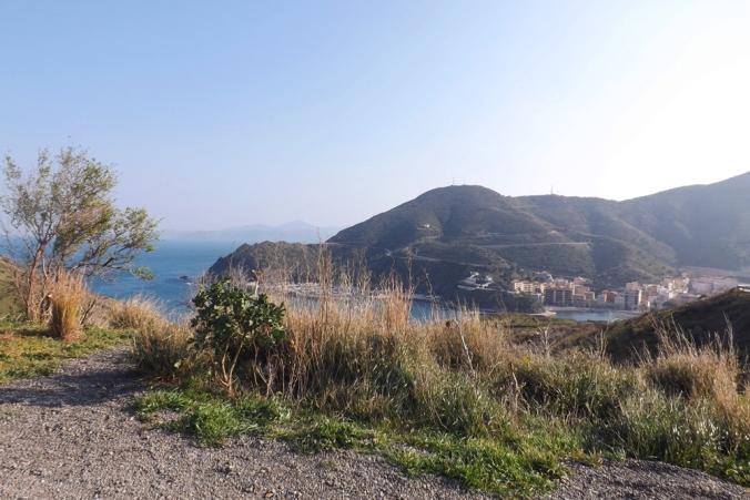 vue sur Port-Bou en Espagne