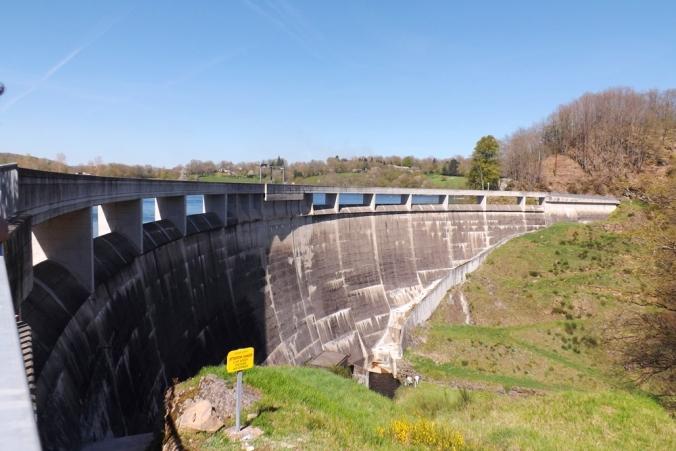 barrage lac pont de salars