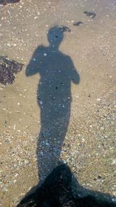 mon ombre sur le sable