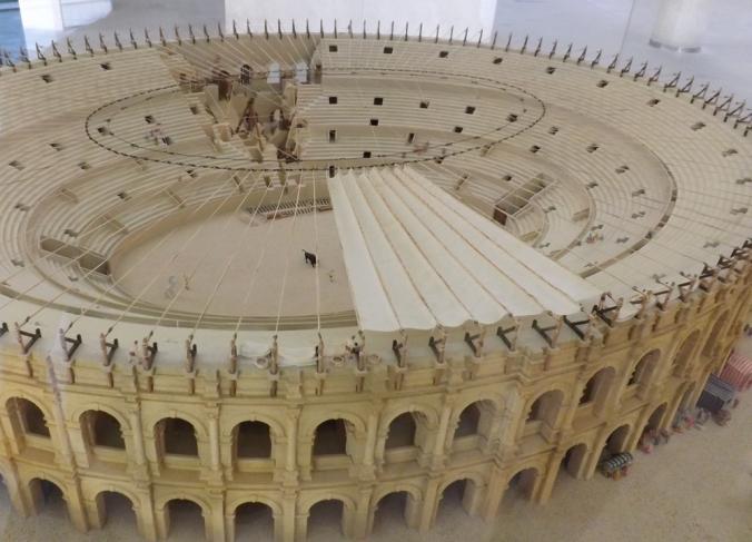 amphitheatre arles maquette