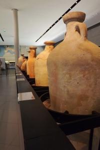 amphores musee arles antiques