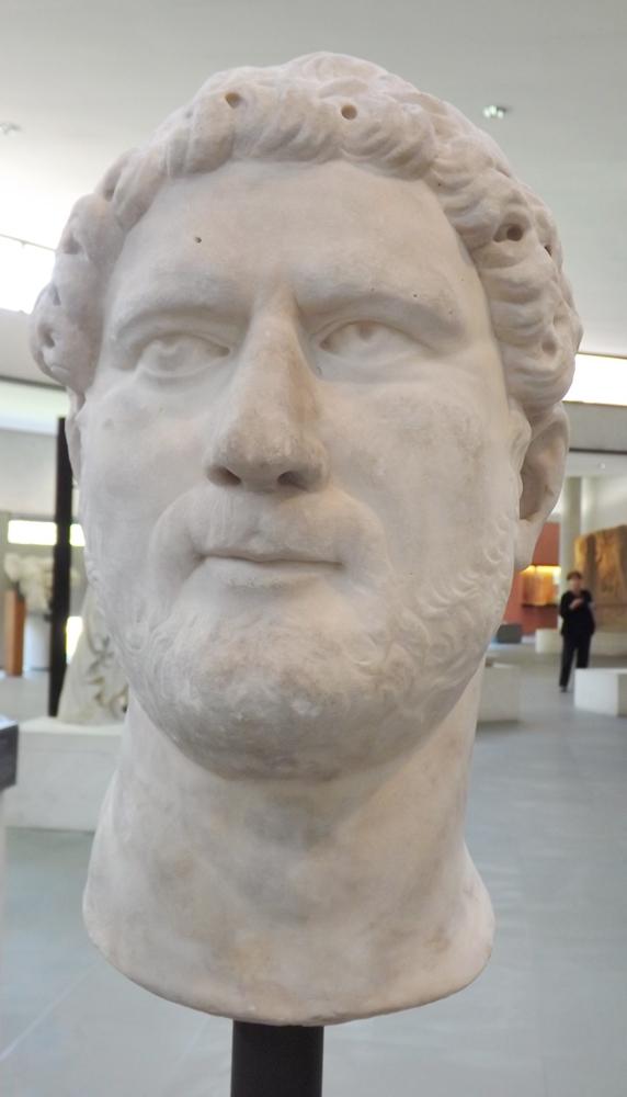 buste d'Hadrien