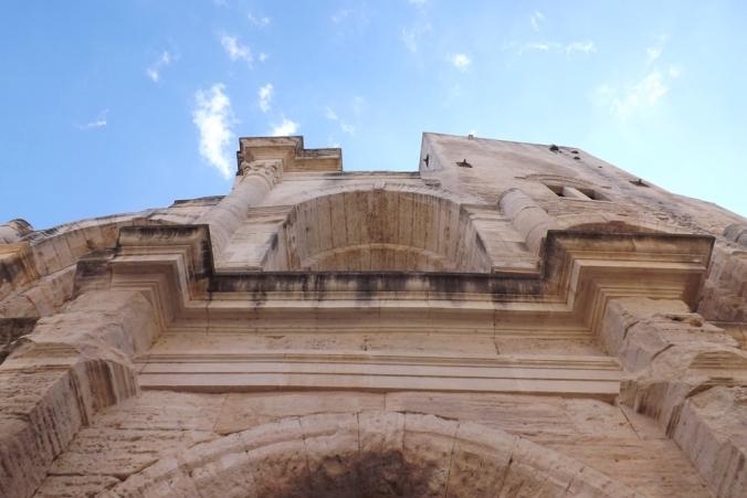 entree initiale de l'amphitheatre d'arles