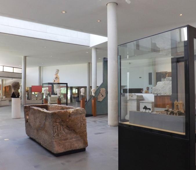 musee arles antique salle 1