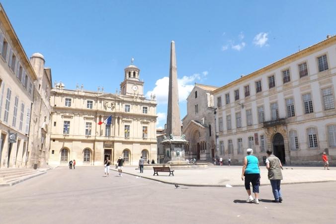 obelisque arles