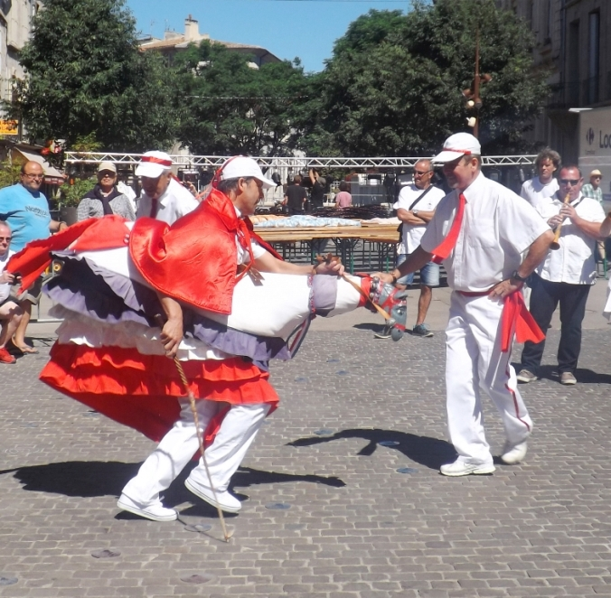 danse du chevalet a pezenas