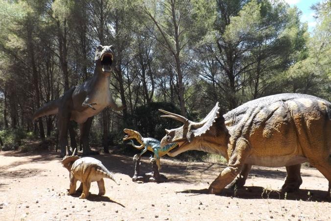 dinosaures meze 1