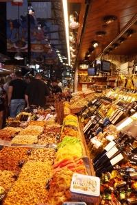 etal de vin et de frtuis secs mercat boueria barcelona