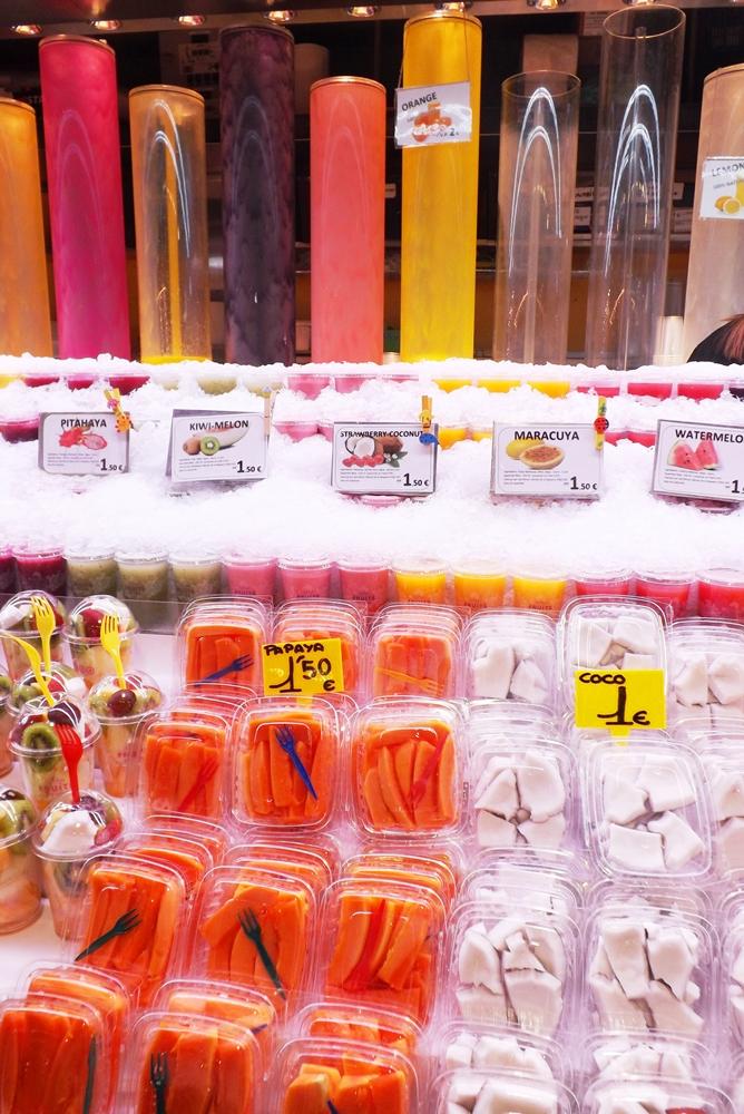 fruits coupes et glace marche boqueria