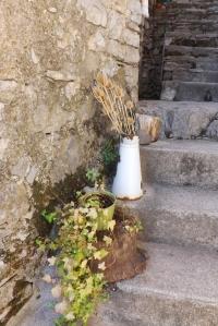detail-escalier-hameau-de-navacelles
