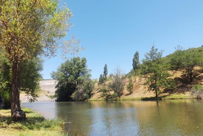 lac-vailhan-olivettes-vue-sur-barrage