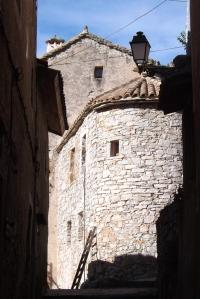maison-et-echelle-en-bois-hameau-de-navacelles