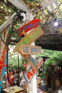 panneaux-direction-resto-la-passerelle-marseille