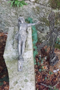 tombe-statue-jc-cassee-navacelles