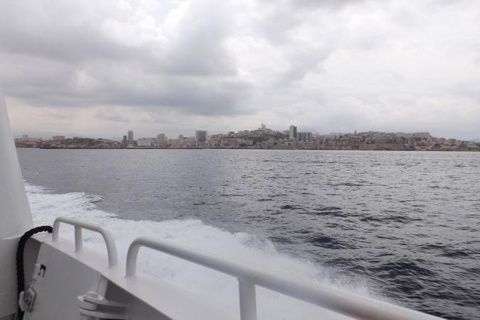 vue-sur-marseille-depuis-le-bateau-pour-le-chateau-dif