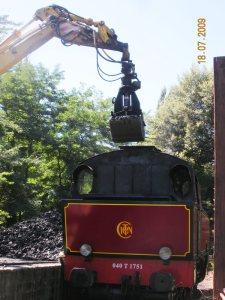chargement-charbon-loco-vapeur