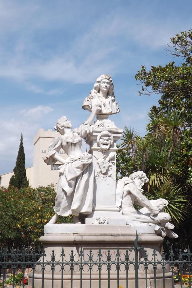 monument-de-moliere-a-pezenas