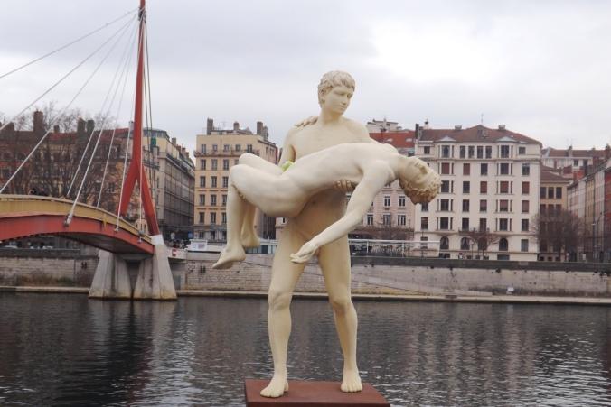 statue-lyon